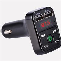 cargador mp3 mini al por mayor-El más nuevo B2 inalámbrico Bluetooth Multifunción transmisor FM Cargador de coche USB Mini reproductor de MP3 Car Kit Holder Tarjeta TF manos libres Modulador de auriculares