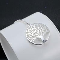 ожерелья семейного древа оптовых-Silver Shiny Life Tree Elegent ожерелье кулон Лучшие подарки для женщин ювелирных изделий невесты ожерелья партии Друг семьи Charm