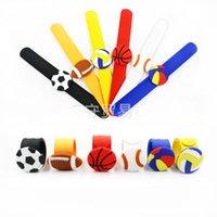 blauer rugbyball großhandel-Kind PVC Volleyball Wasserball Armbänder Waschbar Schöne Rugby Armbänder Mode Neue Muster Mit Schwarz Rot Weiß Blau Farben 1 9ks J1