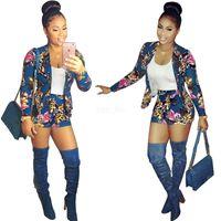 conjuntos curtos de duas peças para mulheres venda por atacado-Mulheres Two Piece casaco Roupas Blazers Floral + calções duas partes Moda Verão Sweatsuit 2pcs / set / lot terno agasalho L-JJA2453