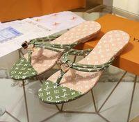 düz güzel ayakkabı toptan satış-Büyük Boy 45 Casual Flats Tatlı Flamingo Terlik Kadınlar Yaz Plaj Slaytlar Bayanlar Çevirme Sandalet Güzel Kadın Ayakkabı YOK KUTUSU