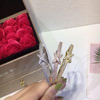 importieren vergoldeten schmuck großhandel-925 Sterlingsilber-Armband Designer Diamant-Blumen-Frauen-Armband-18K reales Gold Plating Imported Diamond-Like Schmuck Armband-Kreuz-ful