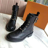 2018 new fashion high quality leather and heavy-duty soles comfortable breathable leisure lady boots Dingxue+BOX.SIZE35-41