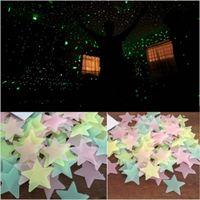 ev için tavan etiketleri toptan satış-Çocuk Bebek Odası Yatak Odası Tavan ev dekor için Karanlık Duvar Etiketler Parlak Floresan Duvar Stickers% 50pcs 3D Yıldız Glow