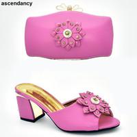 italya elbise ayakkabıları toptan satış-Yeni Varış Rhinestone Kadın Ayakkabı ve Çanta Seti Ile Dekore Rhinestone Kadın Ayakkabı ve Çanta Seti İtalya Bayan Elbise