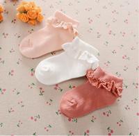 niñas con volantes calcetines de encaje al por mayor-Calcetines de encaje para la niña de las flores del otoño del niño del niño de los niños princesa linda del estilo del ojal con volantes de encaje de la colmena calcetines niños tobillo calcetines B11