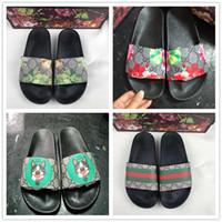 Wholesale sandal for sale - Group buy with Box Designer Rubber slide sandal Floral brocade men slipper Gear bottoms Flip Flops women striped Beach causal slipper US5
