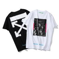 óleo camisetas venda por atacado-Moda Religiosa T-shirt Retrato Pintura A Óleo Listrado Carta de Impressão de Manga Curta de Verão Novos Homens e Mulheres Casais Neutro de Manga Curta