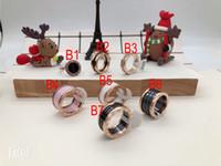 rosa metallschmuck großhandel-Schwarz / Weiß / Rosa Keramik Quirlen, Gelbgold / Rosegold / Silber Metallfarben Titan Edelstahl Damen / Herrenschmuck --- Größe 6 bis 9
