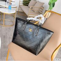 черные патентные тотализаторы оптовых-Женщины тотализатор 2019 Мода высокого класса размер плед Black Корзина 33 * 29см WSJ012 высокого качества лакированной кожи пакет