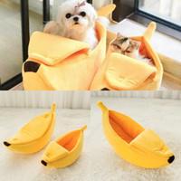 ingrosso canili portatili-Forma di banana Pet Dog Cat Bed Mat Casa Durevole Kennel Doggy Cucciolo Cuscino Cesto Caldo Cane Portatile Forniture Gatto S / M / L / XL