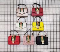 doğum günü çantaları satışı toptan satış-Sıcak Satış Çocuklar Çanta 2019 Bebek Kız Mini Prenses Pruses Moda Güzel Tasarımcı Çocuklar Zincir Omuz Çantaları Haberci Çanta Doğum Günü Hediyeleri