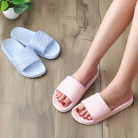 Wholesale slippers for home man for sale - Group buy 2020 new couple sandals indoor home thick bottom antiskid bathroom slippers for men and women