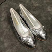 aumentar la altura del precio de los zapatos al por mayor-Ventas calientes nueva llegada de la marca zapatos de mujer de cuero genuino diseñador de moda slip-on para mujer pisos alta calidad mujeres mocasines tamaño eur35-41 mx102
