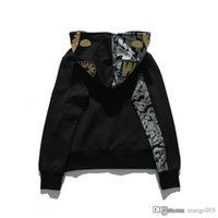 suéter de algodón negro al por mayor-19ss marca marea japonesa espacio bordado de oro tiburón de algodón con capucha suéter estudiante juvenil campus chaqueta informal