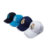 logotipos de clubes de futebol venda por atacado-O Real Madrid do clube do futebol do mundo bordou o tampão ajustável do logotipo da equipe de futebol do boné de beisebol para os fãs de futebol