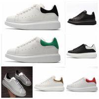 plataforma sapatos super pretos venda por atacado-couro super-homens sapatos femininos barato SeasonsDesigner Marca 3M reflexiva Lace Up Platform Oversized Sole Sneakers Branco Preto calçados casuais