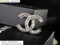 metal coração decorações venda por atacado-Presente de Natal novo Pearl Heart-Shaped broche decorações metal ouro diamante broche da jóia com Caixa
