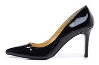 sapatos pontudos online venda por atacado-Sapatos de grife de Moda Mulheres de Salto Alto 8 cm de Couro Bottoms Marca Apontou Toes Preto para Senhoras Bombas Sapatos Vestido de Venda Online