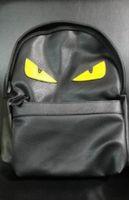 mochila de lujo para hombres al por mayor-Mochila de lujo Diseñador Famoso Mujeres Hombres Mochila de Viaje Casual Estudiante Mochilas escolares Alta Calidad Moster Bolsos de Hombro Lindo