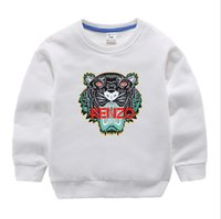 ropa de diseño clásico al por mayor-Nuevo diseñador de lujo clásico 2-12 años Bebé camiseta abrigo jacekt suéter hoodle olde Traje de algodón de los niños de los niños Conjuntos de ropa SUDADERO o