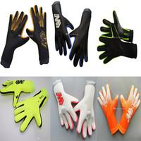 Brand Professional Goalkeeper Gloves no Finger Protection Thickened Latex Soccer Football Goalie Gloves Goal keeper Gloves