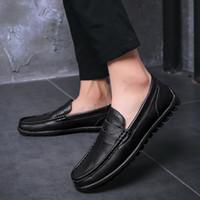 zapatos casuales de hombres de piel de vaca mocasín al por mayor-Zapatos de cuero genuino Calzado de hombre Mocasines de marca de moda Mocasines de cuero de vaca para hombre al aire libre de alta calidad Mocasines a4