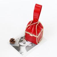 patentli deri çanta küçük toptan satış-Yurtdışı2019 Sabah! İyi Kişilik Çanta Patent Yemeği Mini - Küçük Kılıf Hakiki Deri Kadın Paketi