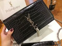 ingrosso decorare borse-La borsa più alla moda del fashion designer del mondo per le ragazze della catena singola spalla decorata con borse a mano