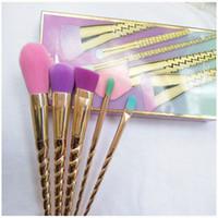couleur de l'outil achat en gros de-Pinceaux de maquillage ensembles cosmétiques pinceau 5 couleur vive or rose spirale tige pinceau de maquillage licorne vis outils de maquillage