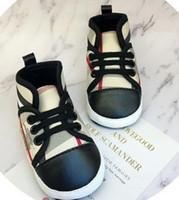 sapatas de passeio das meninas primeiras venda por atacado-Sapatos de bebê Primeira Caminhada Recém-nascidos Meninos Meninas Infantil Criança Sola Macia Prewalker Sneakers