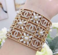 joyas de resina punk al por mayor-Venta caliente brazalete punk de resina transparente con perla blanca y diamante para mujer brazalete regalo de joyería de boda