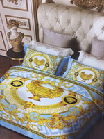 Wholesale luxury super king size bedding for sale - Group buy 2019 Super luxury European Style Luxury Bedding set Fashion Bed King Queen Size Duvet Cover Set Brand Design Print Bedding Sets