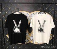 dedo de la camiseta de los hombres al por mayor-18ss Lujo Europa París dedo Victoria manera de la camiseta de las mujeres camiseta de los hombres Casual Tee