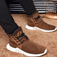 erkekler için en sıcak ayakkabılar toptan satış-2019 Yeni Moda Marka Tasarımcısı Erkek Rahat Ayakkabılar Yüksek Kesim Gerçek Deri Yün Astar Sıcak Ayak Bileği Adam Çizmeler En Kaliteli Şık Ayakkabı