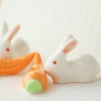 ingrosso bacchette bianche-Ceramica artigianato zakka decorazione della casa bacchette di ceramica super carina rosa orecchio occhio bacchette di coniglio coniglio bianco pen holder ornamento regali