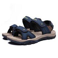 sandalias de los hombres coreanos al por mayor-Nuevas sandalias Zapatos de playa de verano para hombres Zapatos de ocio coreanos Sandalias de punta abierta para jóvenes