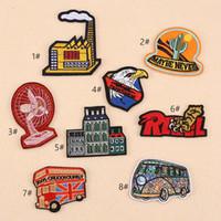 parches bordados de niños al por mayor-8P-67 Alta calidad 3d bordado Eagle House Bus Iron On Patches Fan de dibujos animados coser parche para ropa parche infantil puede diseño del cliente
