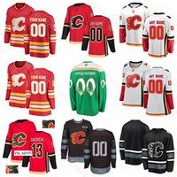 llama roja y negra al por mayor-Calgary Flames Hockey sobre hielo Johnny Gaudreau Jersey Sean Monahan 68 Jaromir Jagr Mark Giordano Centenario Negro Rojo Verde Blanco