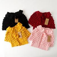 cardigan color diseño chicas al por mayor-Venta al por menor nuevo otoño niños cardigan manto bebé niñas de punto de algodón de color sólido diseño suéter outwear niños boutique ropa ropa