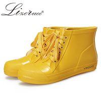 mädchen gelb stiefel großhandel-Lizeruee Übergroße 43 Frauen Nette Gelbe Regen Stiefel Gummi Regen Schuhe Mädchen Ankle Lovers Stiefel Frauen Wasserdichte Schuhe WS493