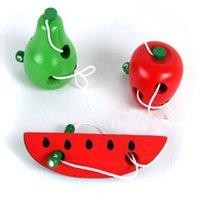 ingrosso giocattolo mela bambino-Giocattoli educativi Montessori Divertimento Giocattolo in legno Verme Mangiare frutta Mela Pera Apprendimento precoce Insegnamento Aiuto Baby Toy regalo per i bambini