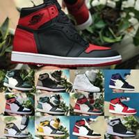 mediados de zapatos hombres al por mayor-2019 Nike Air Jordan 1 retro jordans Prohibido Juego de Bred Royal Blue Hare Mujer Chicago Zapatos de baloncesto Hombre 1s Rojo Blanco Negro Zapatillas de deporte del dedo del pie