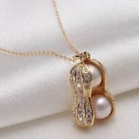 ingrosso catena di arachidi-Nuove donne di design gioielli simulati perle di arachidi collane con pendente collana stile corto accessori per piante alla moda catena per il collo