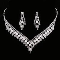 conjuntos de boda de diamantes de perlas al por mayor-FEIS Lujo diamante imitación perla de múltiples capas ahueca hacia fuera la novia accesorios de moda collar y pendientes de boda conjunto