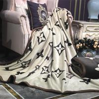 cobertores confortáveis venda por atacado-Início Quarto de luxo Cama Cobertor frente e verso Grosso quente e macio confortável Multifuncional velo 150x200cm 180x200cm