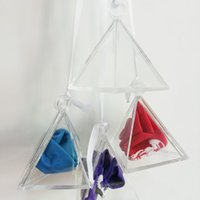 globo claro de la boda al por mayor-Clear Pyramid Colgantes Helio Globo Pesos Gravedad Bloque Decoraciones de la Boda Caja de Regalo Suministros de Fiesta de Cumpleaños 10 unids Q190429