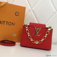 bolso de mano rojo negro al por mayor-Fashion Global Limited Edition Ms. Mini Handbag Chain Handle Rojo Negro Rosa Gris Designer Bag Number: M42935.