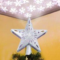 освещенный рождественский цилиндр оптовых-Снегопад светодиодных лампы с полой Золотой Звездой Рождественской елки Топпер с Вращающимся Magic Star Snowflake проектором для украшения рождественской елки