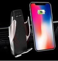 samsung s5 autohalter großhandel-Automatisches s5 drahtloses auto-ladegerät klemmen für iphone android air vent handyhalter 360 grad-umdrehung 10 watt schnellladung mit box